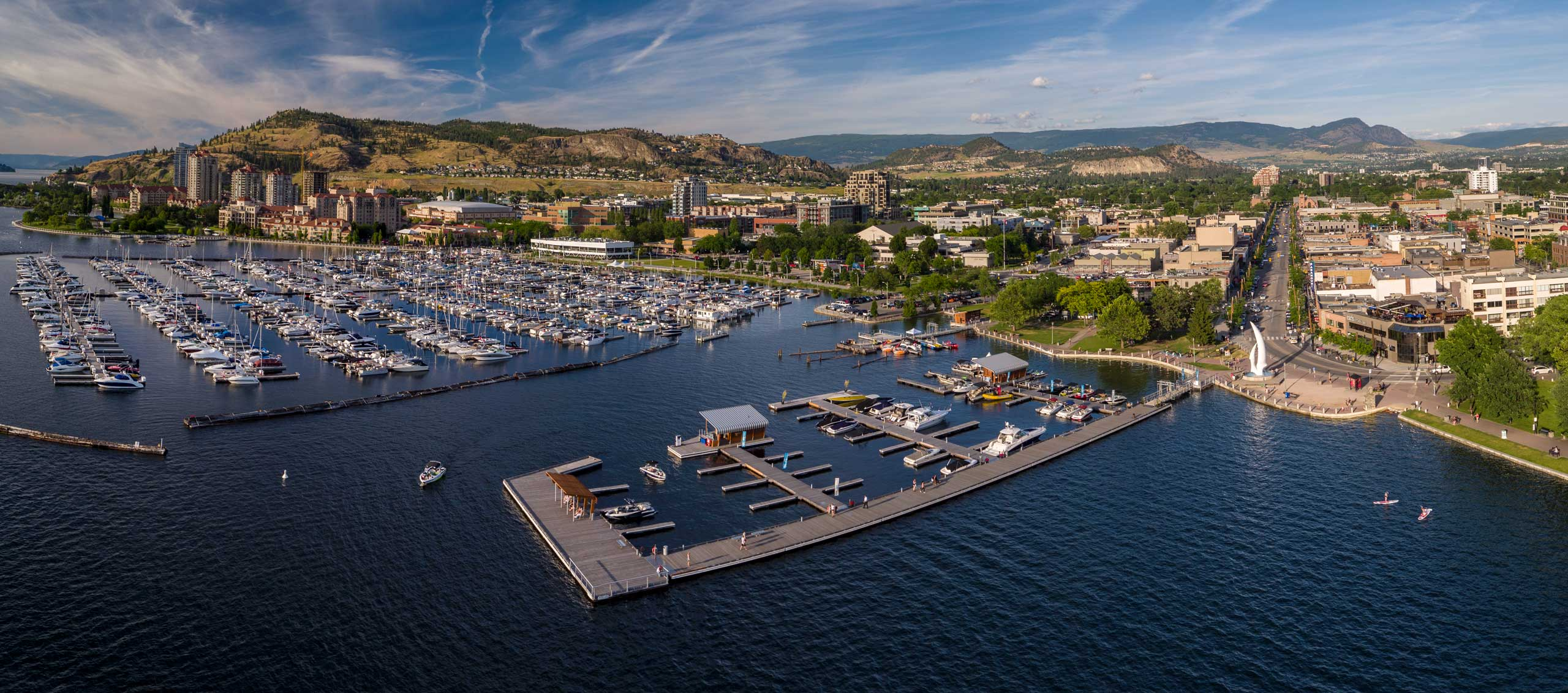 Our South Bay pontoon boat is the perfect vessel for a fully guided tour on Okanagan Lake.