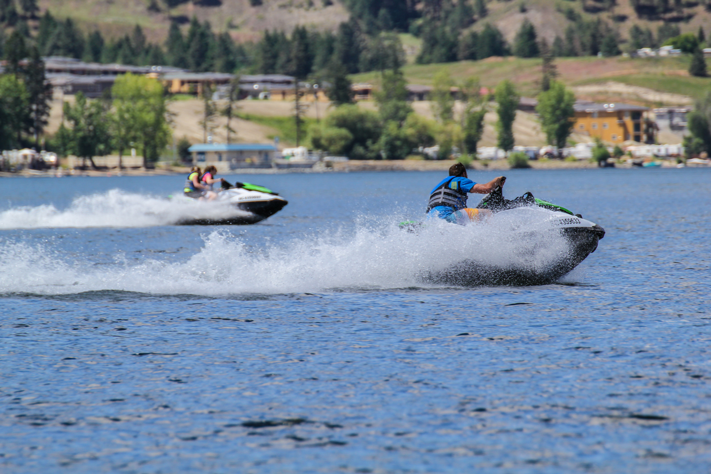 Zip along Okanagan Lake aboard your very own Kelowna boat or Seadoo rental.